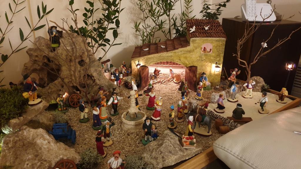 Préparation fête de Noël  16078012
