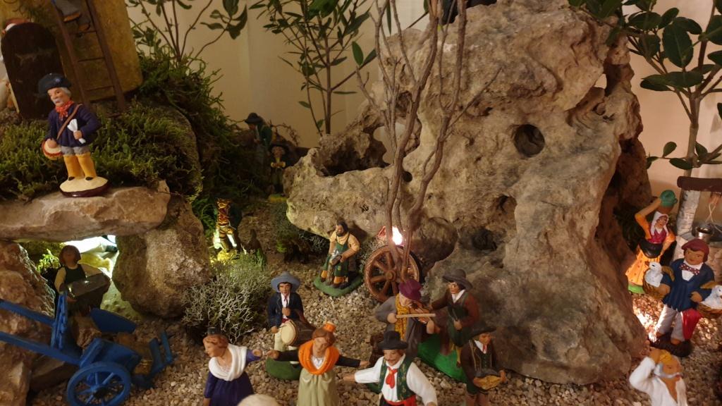 Préparation fête de Noël  16078014