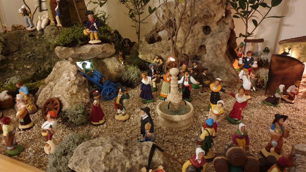 Préparation fête de Noël  16078015