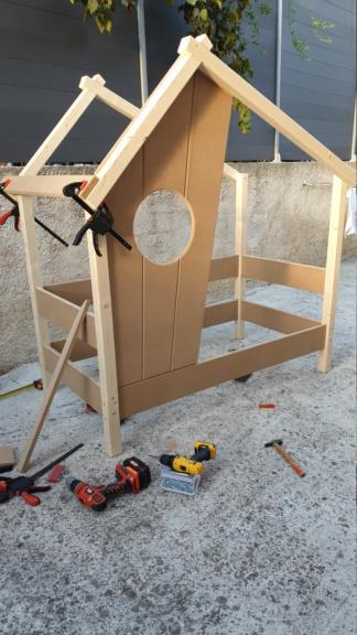 Un lit cabane  Img-2012