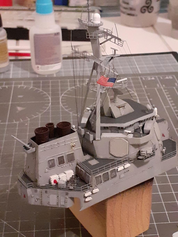 « Rapide et Craint » - Destroyer Lance Missiles USS Arleigh Burke (Trumpeter - 1/350) 20192594