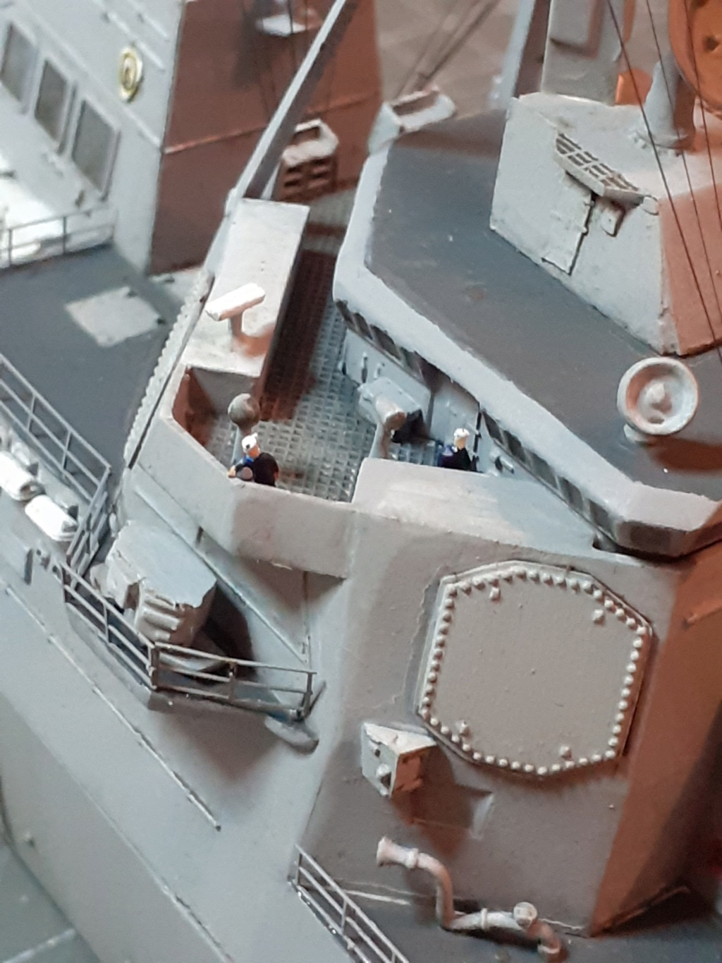 « Rapide et Craint » - Destroyer Lance Missiles USS Arleigh Burke (Trumpeter - 1/350) - Page 2 20200232