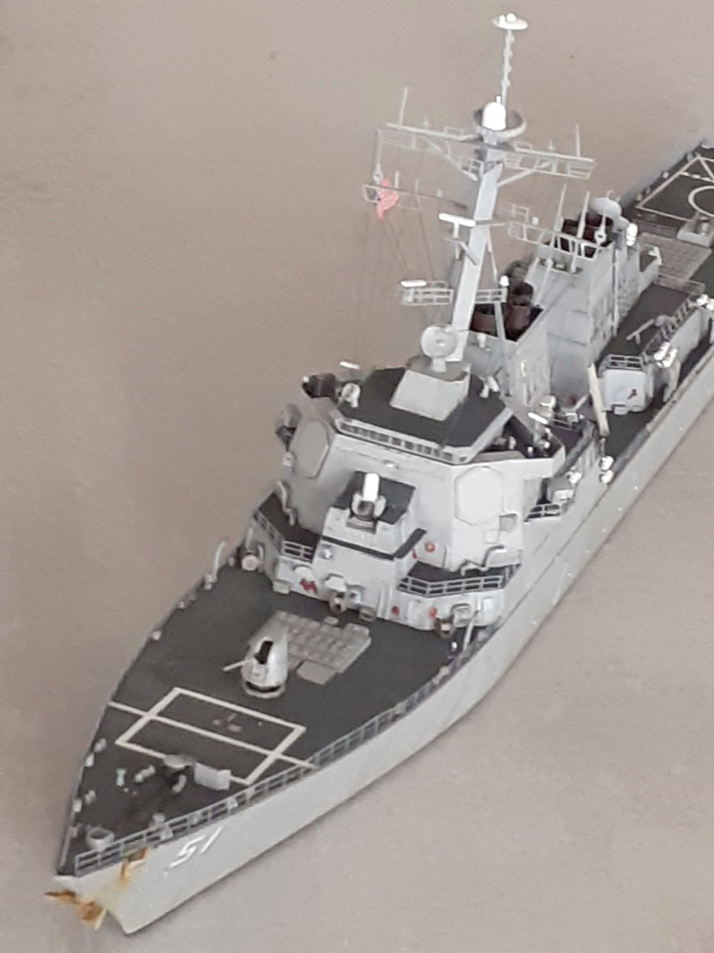 « Rapide et Craint » - Destroyer Lance Missiles USS Arleigh Burke (Trumpeter - 1/350) - Page 2 20200274