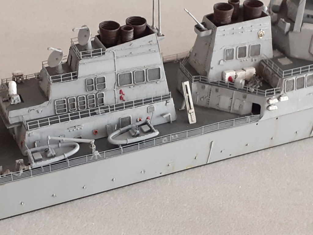 « Rapide et Craint » - Destroyer Lance Missiles USS Arleigh Burke (Trumpeter - 1/350) - Page 2 20200284