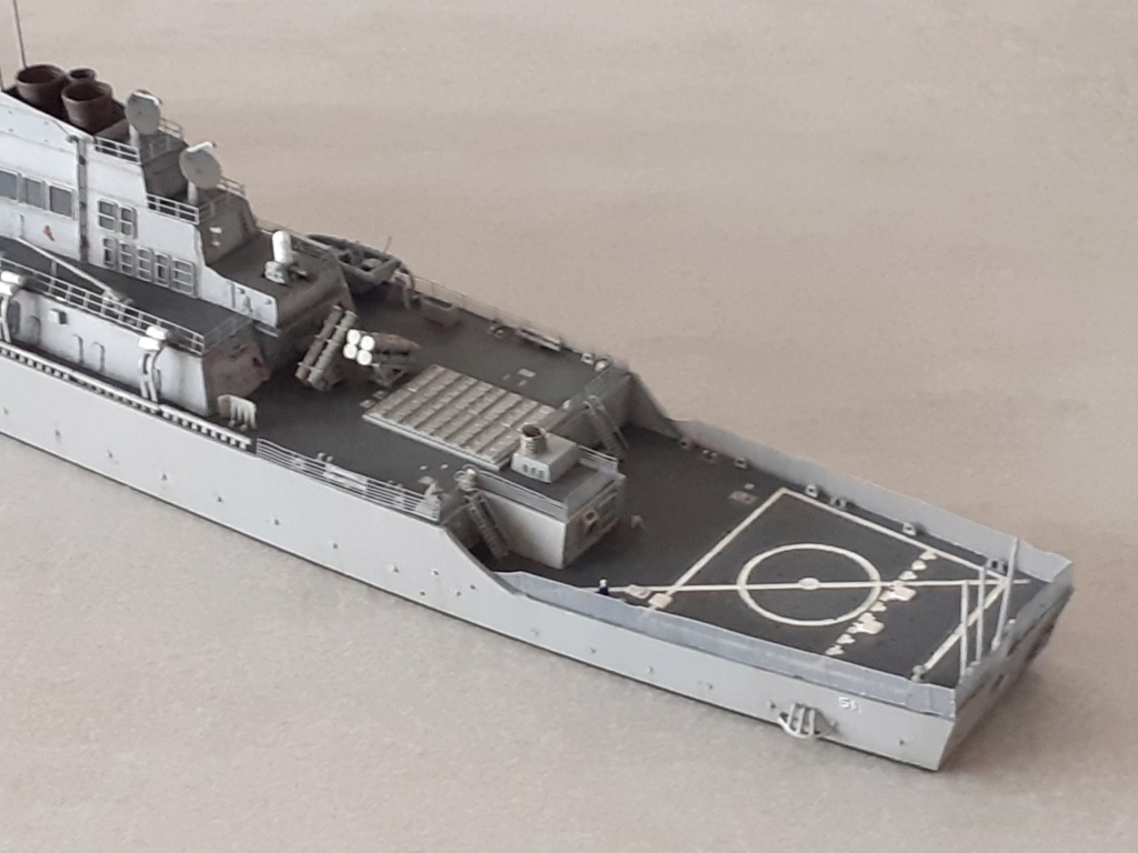 « Rapide et Craint » - Destroyer Lance Missiles USS Arleigh Burke (Trumpeter - 1/350) - Page 2 20200291