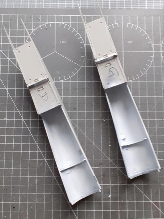 Chapeau haut de forme et griffes d'acier (F-14A Tomcat - Tamiya 1/32) - Page 4 20200599