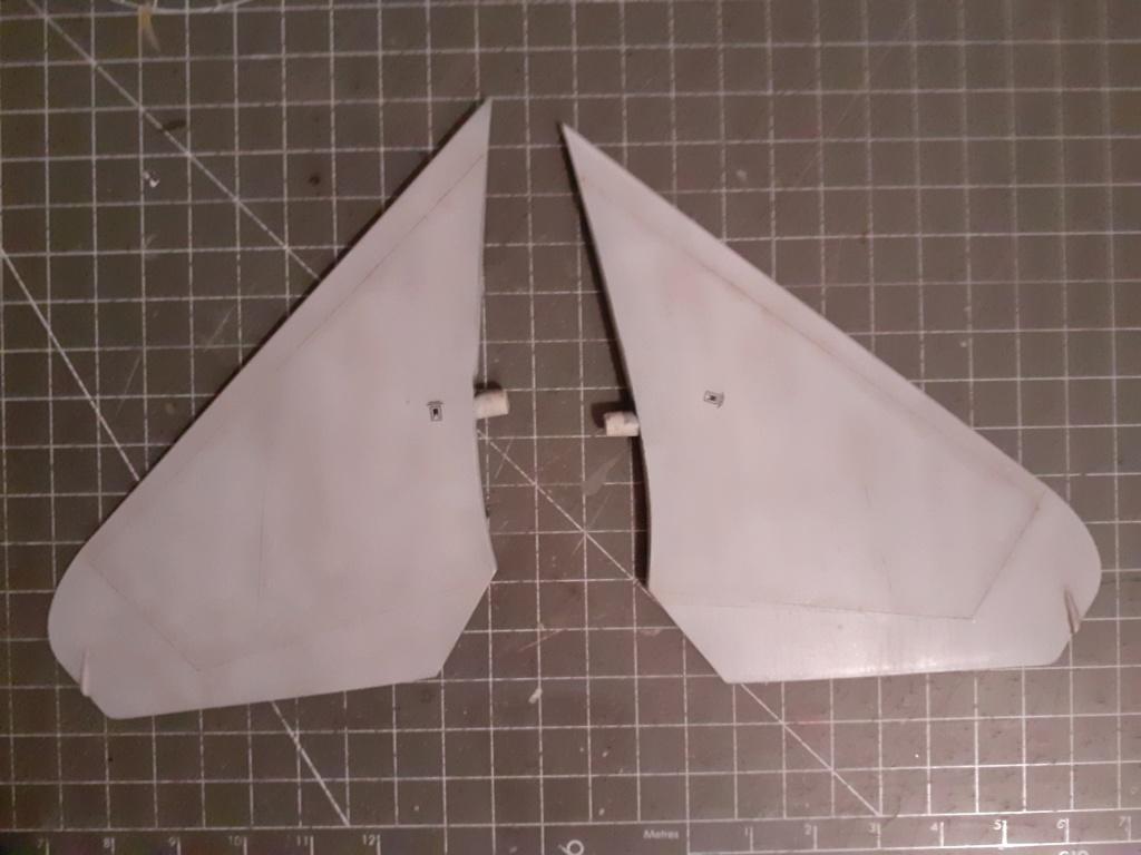 Chapeau haut de forme et griffes d'acier (F-14A Tomcat - Tamiya 1/32) - Page 5 20200949