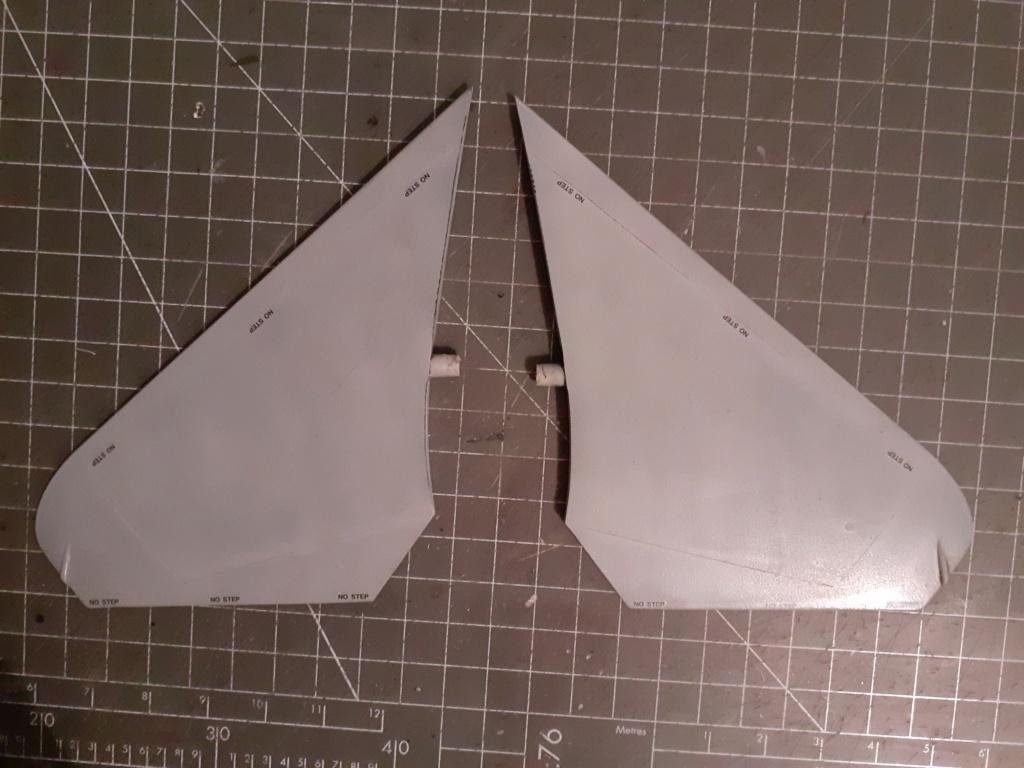 Chapeau haut de forme et griffes d'acier (F-14A Tomcat - Tamiya 1/32) - Page 5 20200950