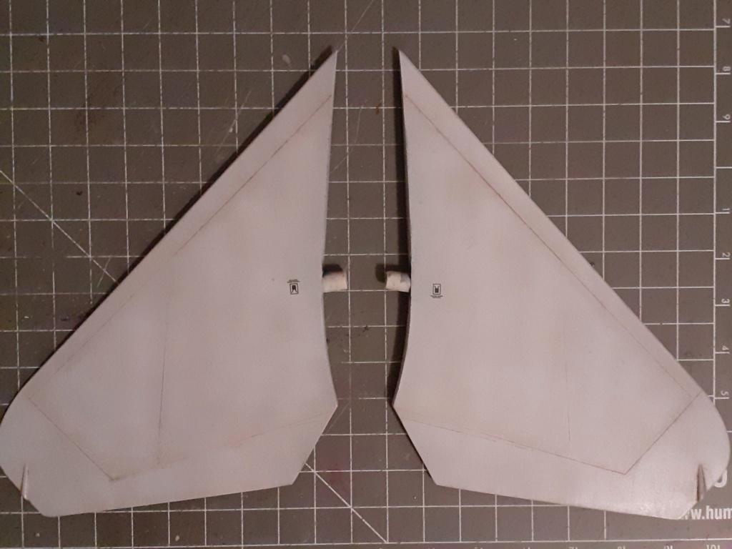 Chapeau haut de forme et griffes d'acier (F-14A Tomcat - Tamiya 1/32) - Page 5 20200977
