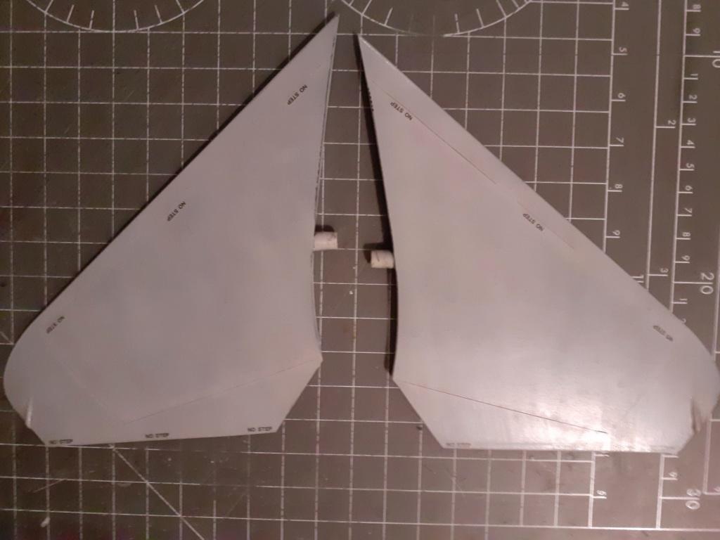 Chapeau haut de forme et griffes d'acier (F-14A Tomcat - Tamiya 1/32) - Page 5 20200983