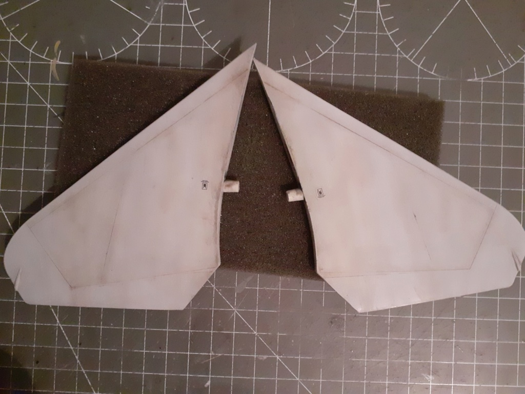 Chapeau haut de forme et griffes d'acier (F-14A Tomcat - Tamiya 1/32) - Page 5 20201068