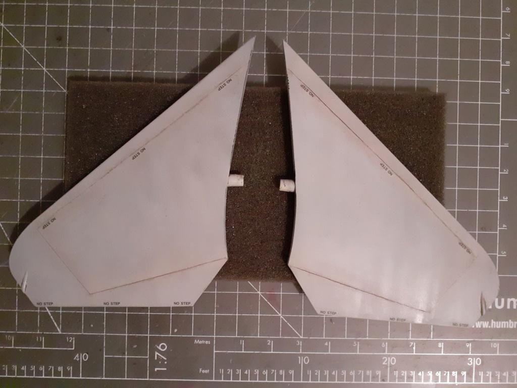 Chapeau haut de forme et griffes d'acier (F-14A Tomcat - Tamiya 1/32) - Page 5 20201073
