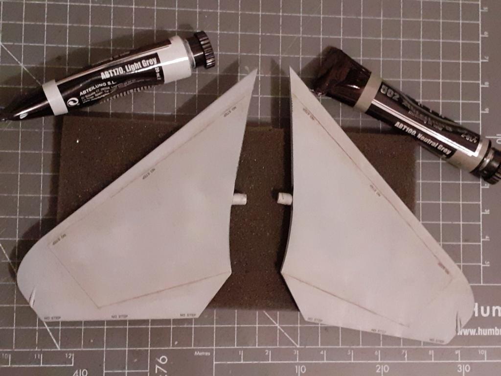 Chapeau haut de forme et griffes d'acier (F-14A Tomcat - Tamiya 1/32) - Page 5 20201079