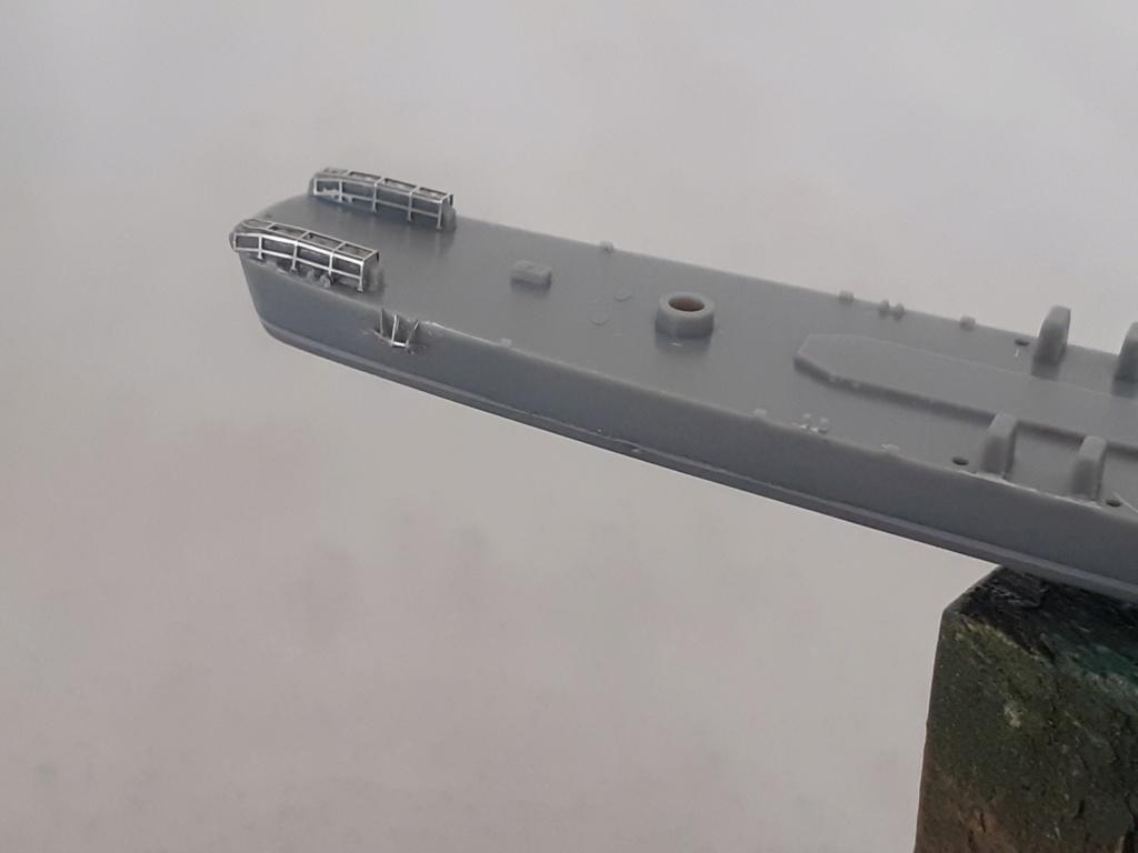 Premier rôle à Guadalcanal - USS Fletcher DD-445 (Tamiya 1/700) 20201531