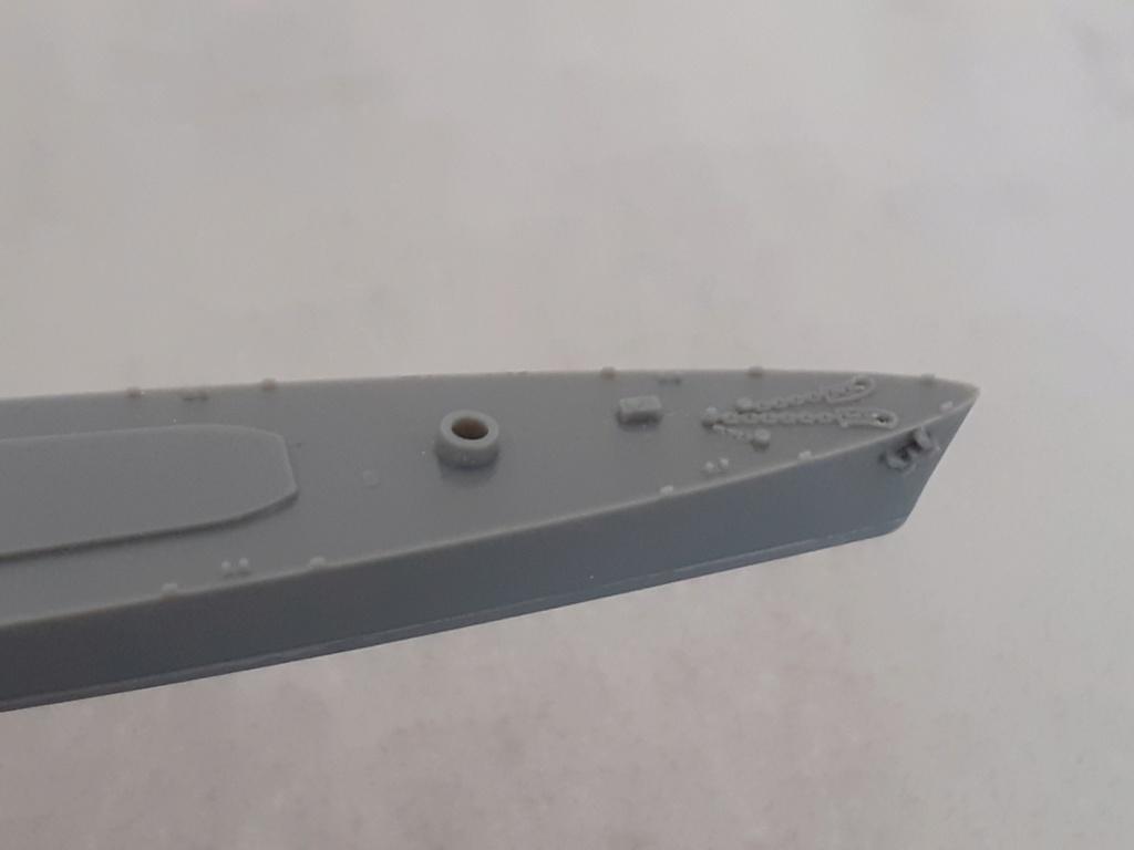 Premier rôle à Guadalcanal - USS Fletcher DD-445 (Tamiya 1/700) 20201539