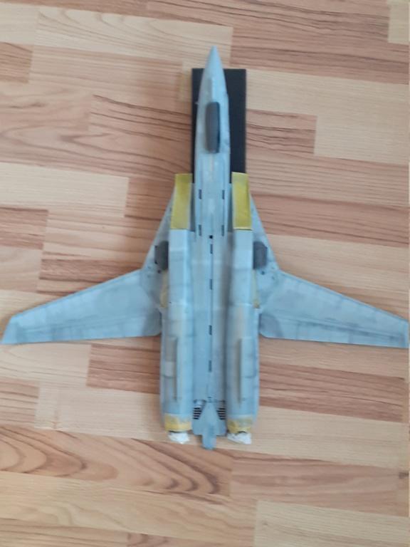 Chapeau haut de forme et griffes d'acier (F-14A Tomcat - Tamiya 1/32) - Page 7 20202142