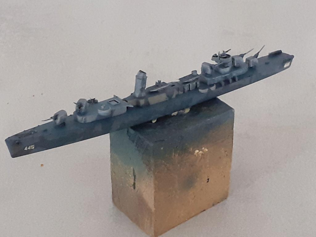 Premier rôle à Guadalcanal - USS Fletcher DD-445 (Tamiya 1/700) - Page 4 20202581