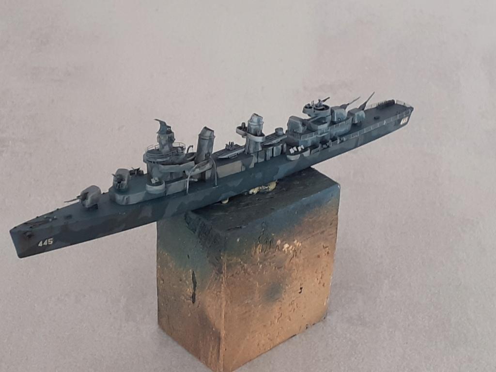 Premier rôle à Guadalcanal - USS Fletcher DD-445 (Tamiya 1/700) - Page 4 20202757