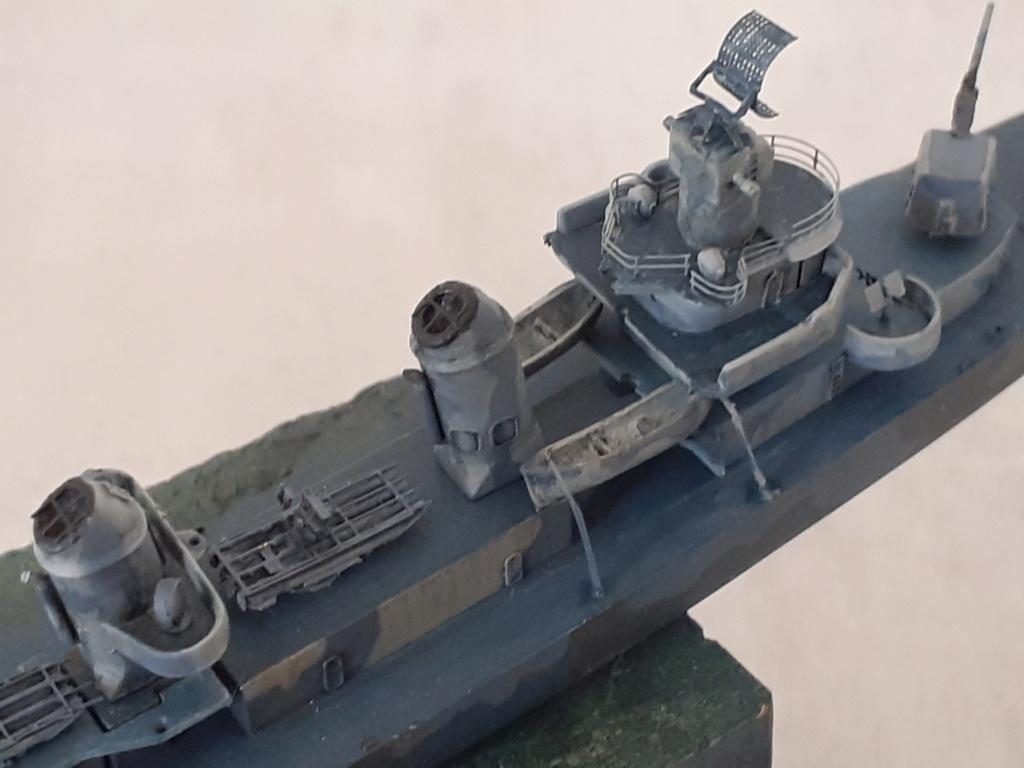 Premier rôle à Guadalcanal - USS Fletcher DD-445 (Tamiya 1/700) - Page 4 20202766