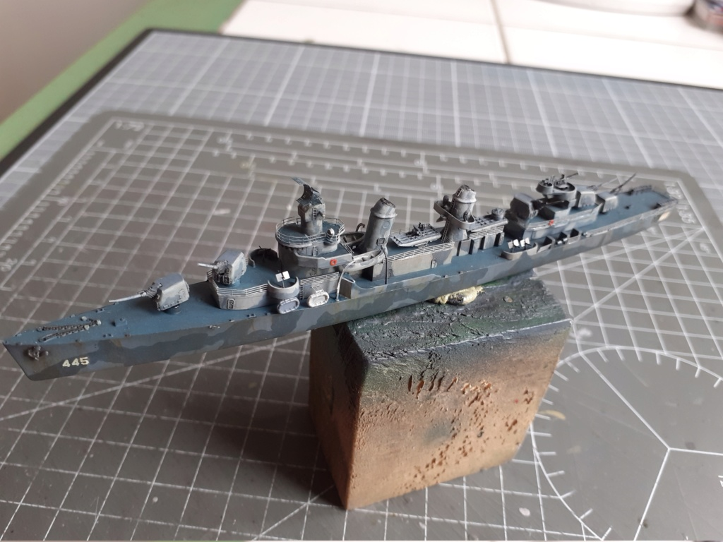 Premier rôle à Guadalcanal - USS Fletcher DD-445 (Tamiya 1/700) - Page 4 20202883