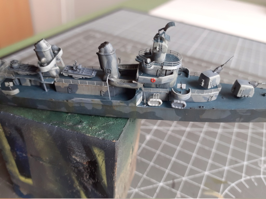 Premier rôle à Guadalcanal - USS Fletcher DD-445 (Tamiya 1/700) - Page 4 20202890