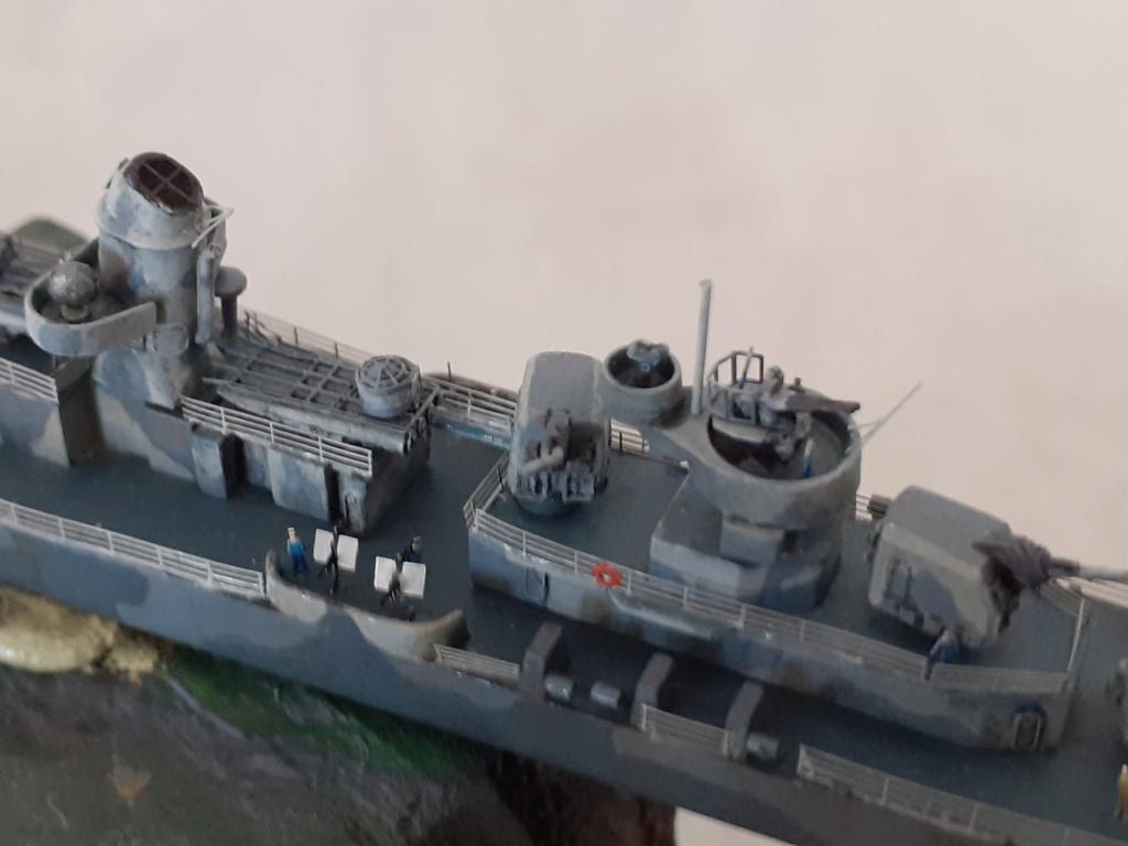 Premier rôle à Guadalcanal - USS Fletcher DD-445 (Tamiya 1/700) - Page 5 20202948