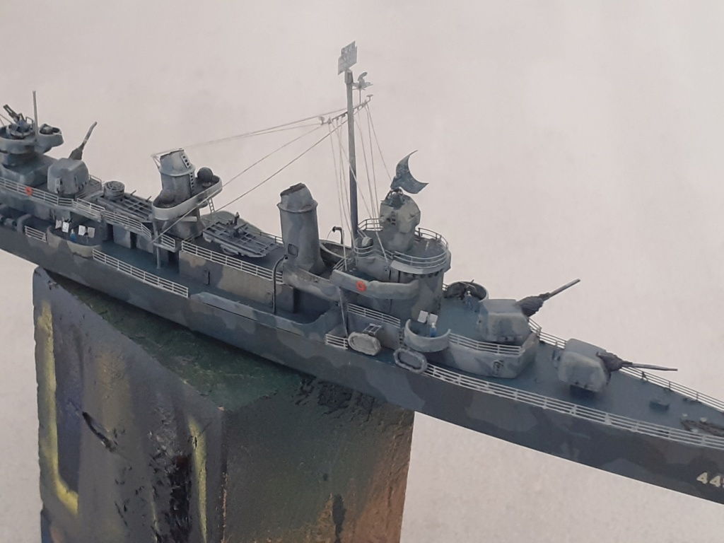 Premier rôle à Guadalcanal - USS Fletcher DD-445 (Tamiya 1/700) - Page 5 20203085
