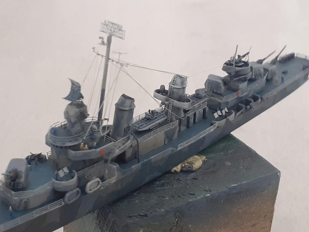 Premier rôle à Guadalcanal - USS Fletcher DD-445 (Tamiya 1/700) - Page 5 20203086