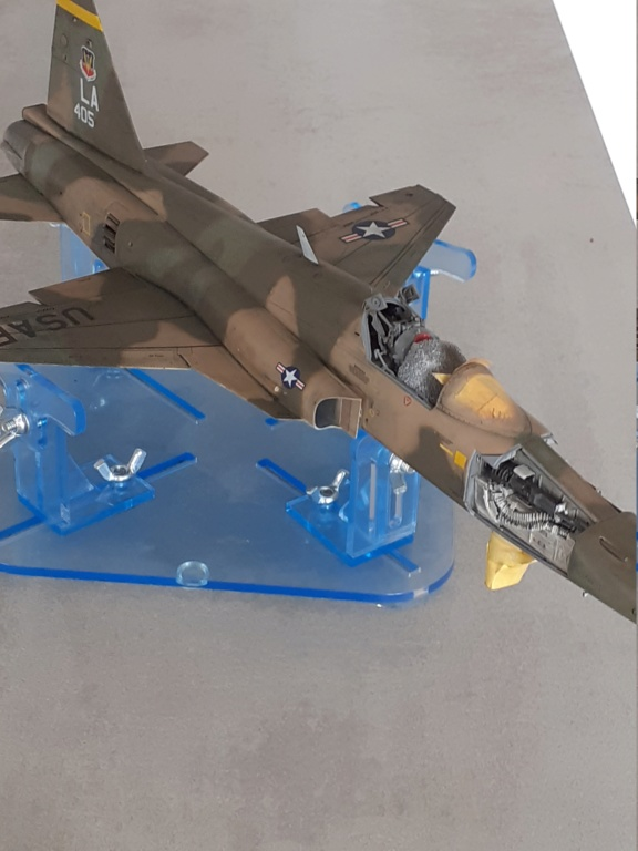 Un tigre en Arizona(F-5E Tiger II Kitty Hawk(1/32) - Page 4 20203141