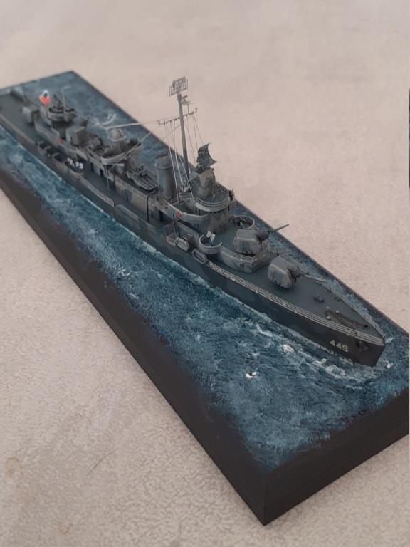 Premier rôle à Guadalcanal - USS Fletcher DD-445 (Tamiya 1/700) - Page 6 20203280