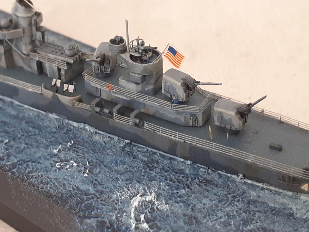 Premier rôle à Guadalcanal - USS Fletcher DD-445 (Tamiya 1/700) - Page 6 20203287