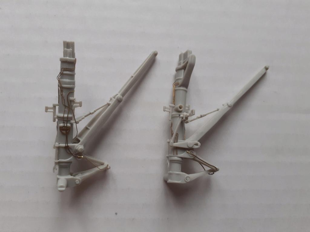 Chapeau haut de forme et griffes d'acier (F-14A Tomcat - Tamiya 1/32) - Page 11 20203617