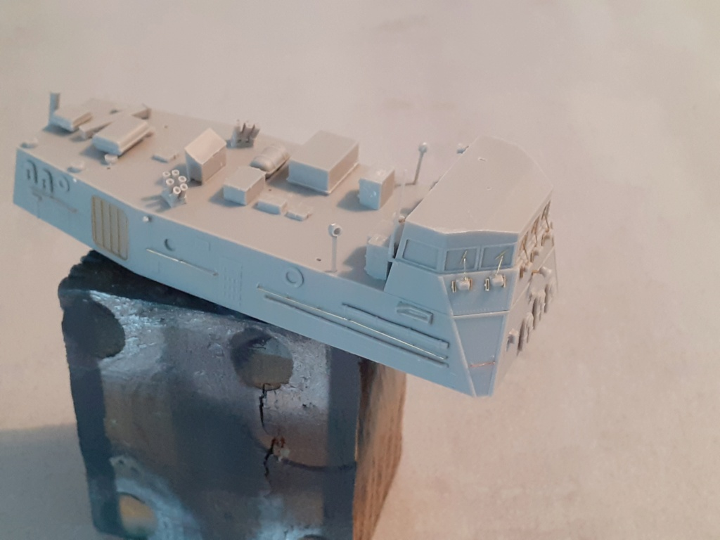USS Pegasus PHM-1 (Hobby Boss 1/200) - Page 2 20203943