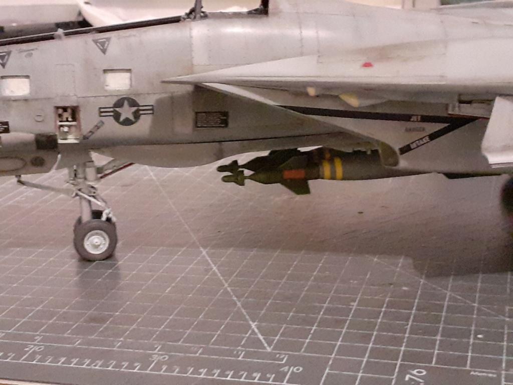 Chapeau haut de forme et griffes d'acier (F-14A Tomcat - Tamiya 1/32) - Page 12 20203967