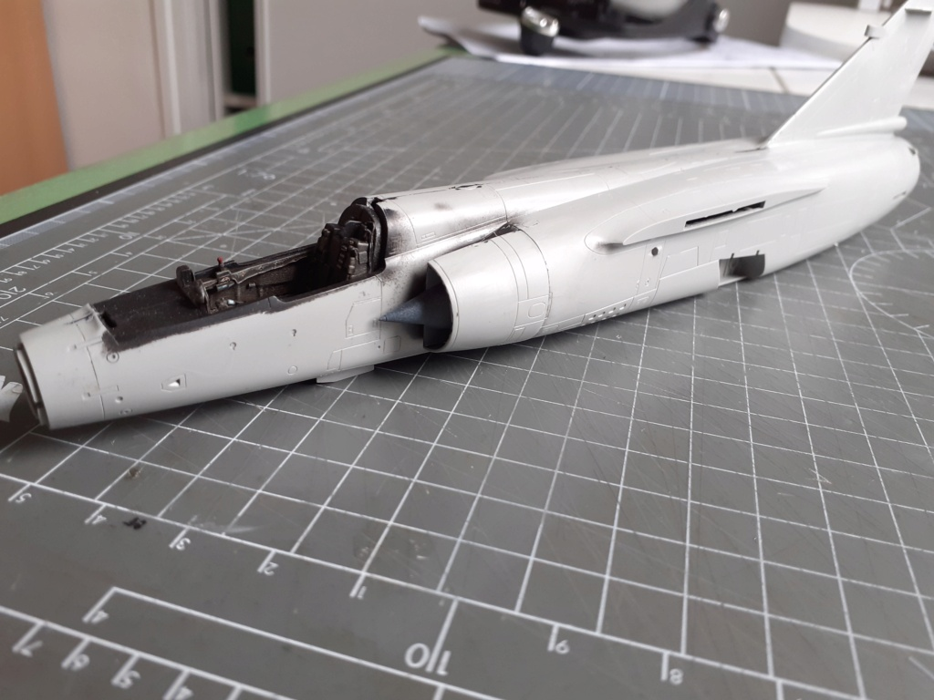 Opération Serval - Mirage F1 CR (Italeri - 1/48) - Page 2 20204021