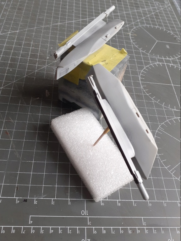 Chapeau haut de forme et griffes d'acier (F-14A Tomcat - Tamiya 1/32) - Page 12 20204066