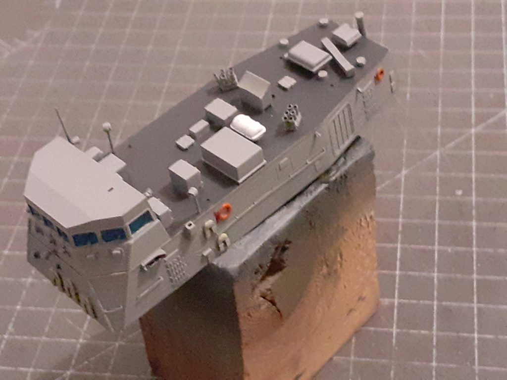 USS Pegasus PHM-1 (Hobby Boss 1/200) - Page 2 20204086