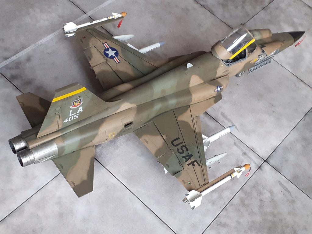 Un tigre en Arizona(F-5E Tiger II Kitty Hawk(1/32) - Page 6 20204374