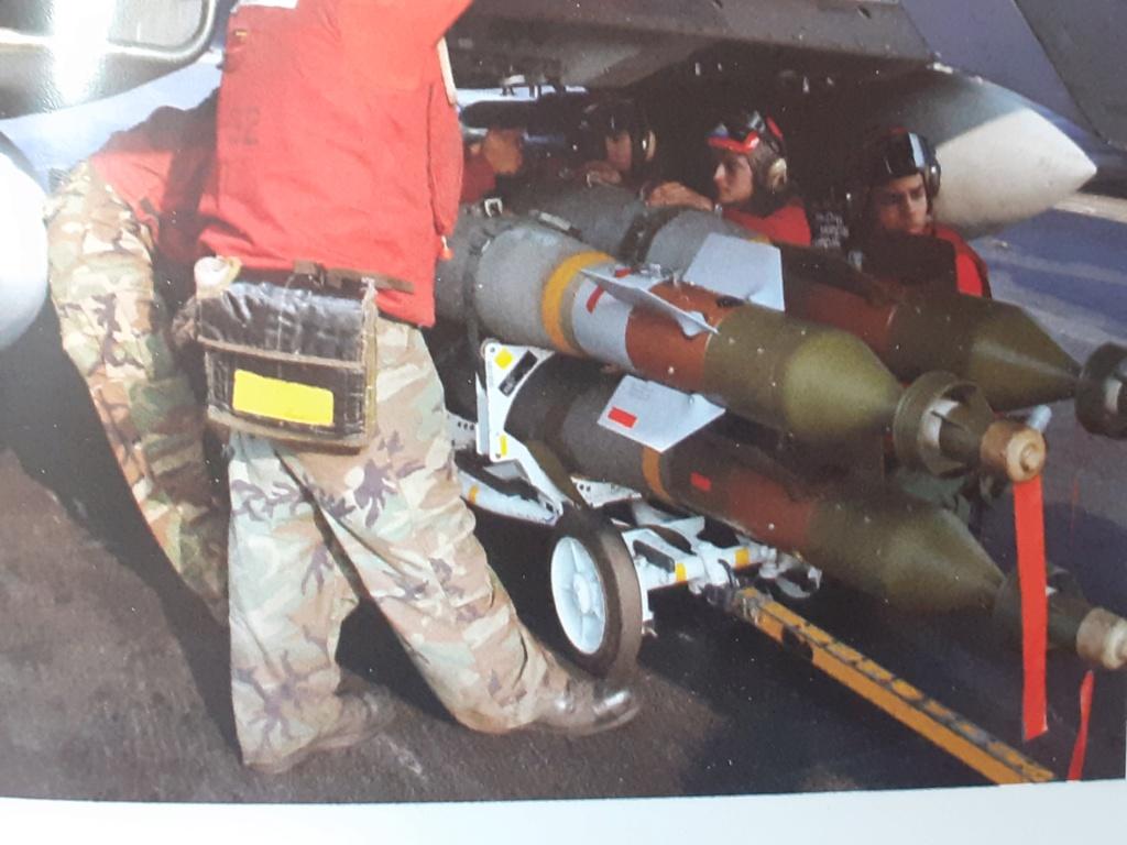 Chapeau haut de forme et griffes d'acier (F-14A Tomcat - Tamiya 1/32) - Page 14 20210338
