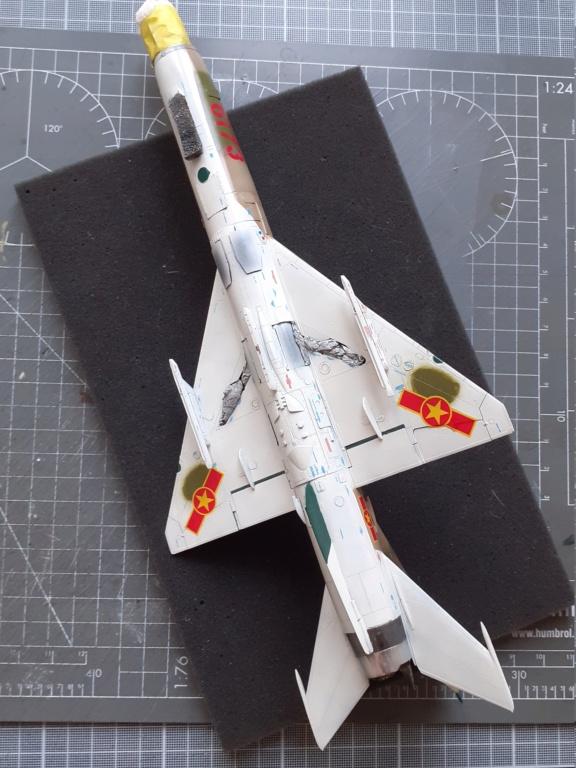 MiG-21 PFM Viet Air Force (Eduard 1/48°) par Canard - Page 4 20210852