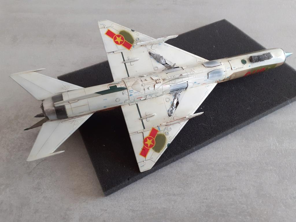 MiG-21 PFM Viet Air Force (Eduard 1/48°) par Canard - Page 4 20210896
