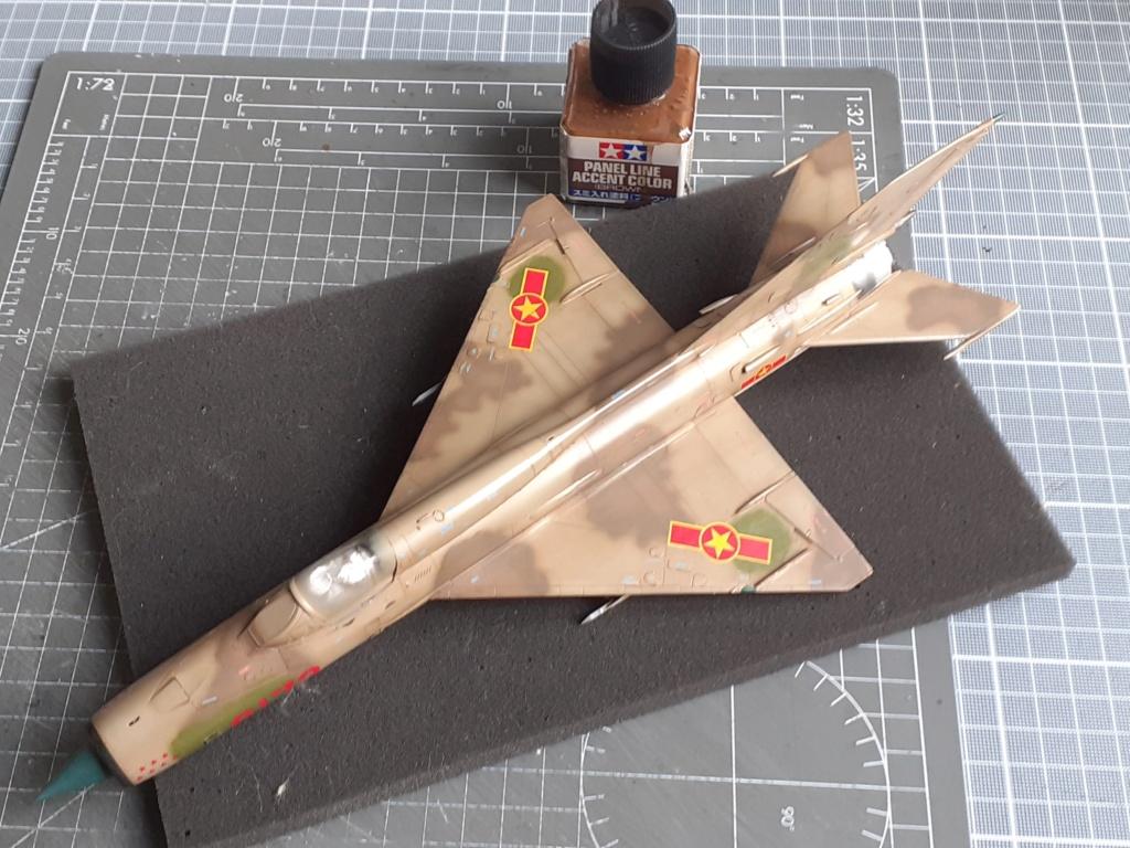 MiG-21 PFM Viet Air Force (Eduard 1/48°) par Canard - Page 4 20210924