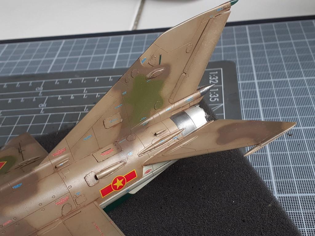 MiG-21 PFM Viet Air Force (Eduard 1/48°) par Canard - Page 4 20210925