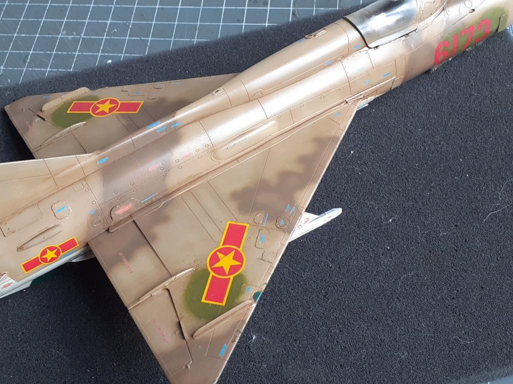 MiG-21 PFM Viet Air Force (Eduard 1/48°) par Canard - Page 4 20210928