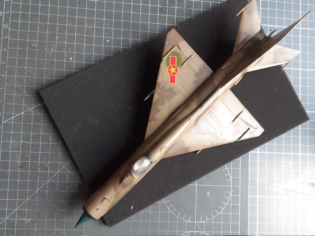 MiG-21 PFM Viet Air Force (Eduard 1/48°) par Canard - Page 4 20210930