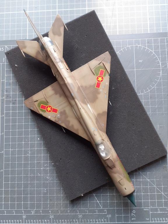 MiG-21 PFM Viet Air Force (Eduard 1/48°) par Canard - Page 4 20210946