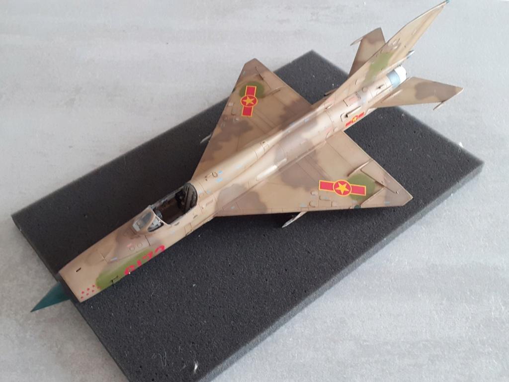 MiG-21 PFM Viet Air Force (Eduard 1/48°) par Canard - Page 4 20210993