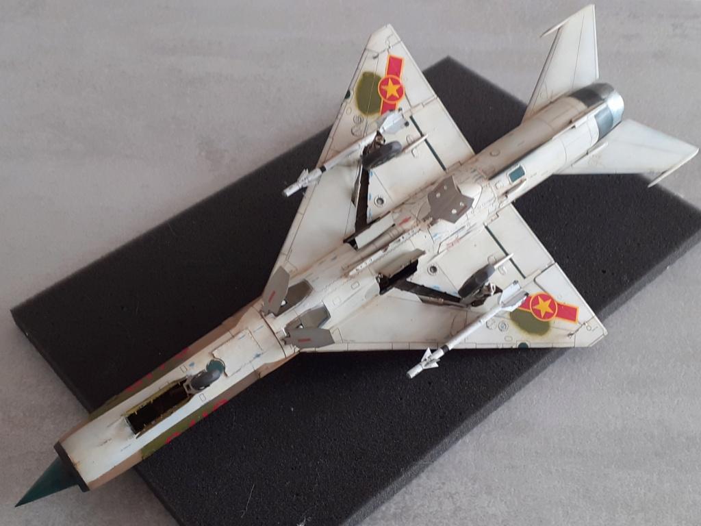MiG-21 PFM Viet Air Force (Eduard 1/48°) par Canard - Page 4 20211001