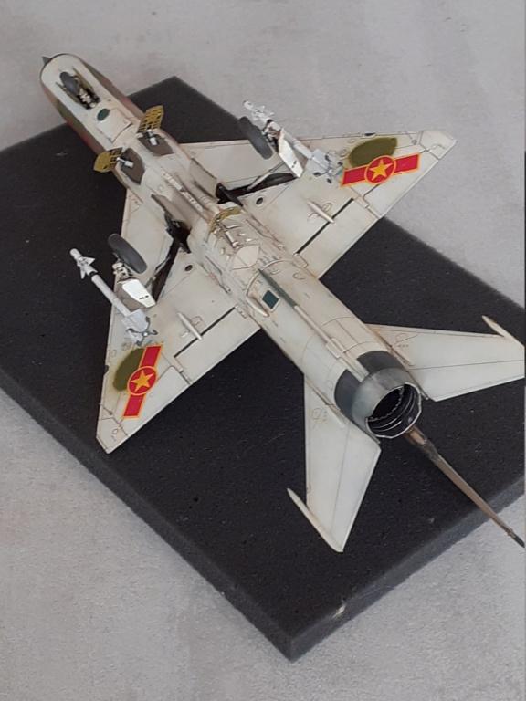 MiG-21 PFM Viet Air Force (Eduard 1/48°) par Canard - Page 4 20211005