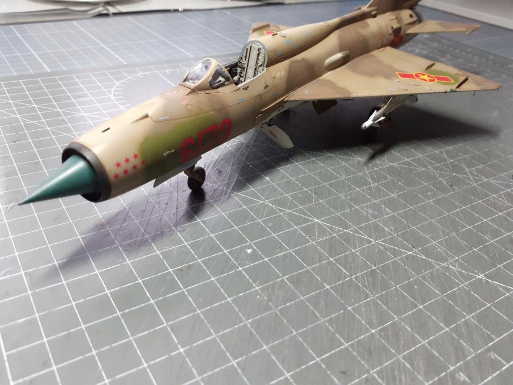 MiG-21 PFM Viet Air Force (Eduard 1/48°) par Canard - Page 4 20211013
